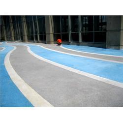 透水混凝土路面施工、市政道路彩色透水地坪图片