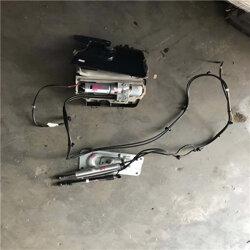 沃尔沃XC60后尾盖电动液压撑杆原厂拆车件图片