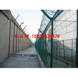 看守所监区钢网墙看守所监区内5米钢网墙图片