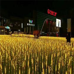 2020国庆灯杆装饰彩灯 商场节日灯光布置 小区亮化工程图片