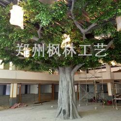 仿真榕树厂家专业定制仿真大树落地花艺半边包柱子榕树人造假树图片