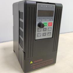 三相1.5KW 380V硬动力610系列无感矢量变频器图片