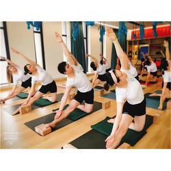 红谷滩瑜伽教练-南昌红谷滩一禾瑜伽-瑜伽教练培训机构图片