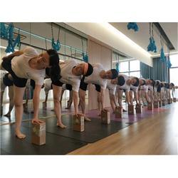 瑜伽馆教练-西湖区瑜伽教练-红谷滩一禾瑜伽馆图片