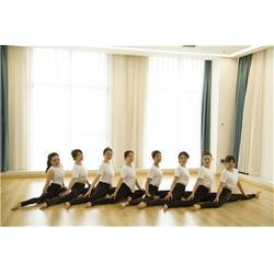 空中瑜伽教练培训-红谷滩瑜伽教练-南昌一禾瑜伽培训馆(查看)图片