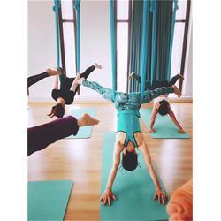 瑜伽馆教练-南昌瑜伽教练-南昌一禾瑜伽培训馆(查看)图片