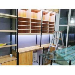 果洛木烟酒货架-西宁市城北区佰诚货架专业供应烟酒货架