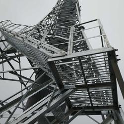 玻璃钢烟囱塔架-河北玻璃钢烟囱塔架厂房图片