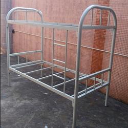 供应员工上下铺铁架床 员工宿舍铁架床 员工宿舍上下铺床产品图片