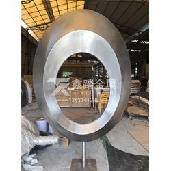 景观异形不锈钢圆环雕塑金属摆件厂家报价图片