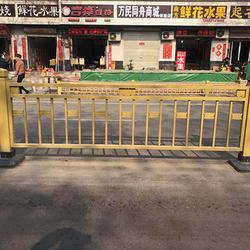 河北城市道路护栏报价-大量供应优良的城市道路护栏图片