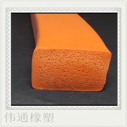 厂家供应三元乙丙发泡优质防耐磨密封条图片