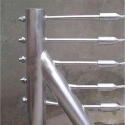 景区缆索护栏柔性钢丝绳防护栏学校防护栏老百姓放心的质量图片
