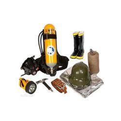 全套消防员装备 消防员安全装备设备 个人防护设备图片