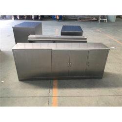 不锈钢桌子-兰剑机械(在线咨询)不锈钢桌子图片