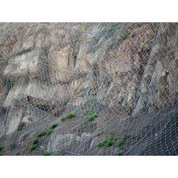 边※坡防护镀锌铁丝网图片