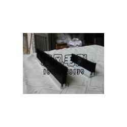 电梯毛刷扶梯毛刷单双排安全毛刷图片