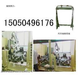 焊接汽车座椅机械设备图片