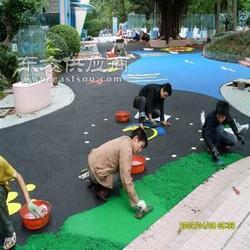 幼儿园塑胶跑道图片