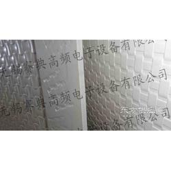 PVC发泡板表面压花压纹机图片
