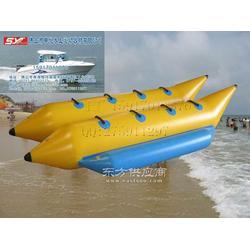 充气双体香蕉船,香蕉艇图片