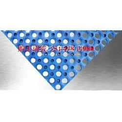 耐油CR橡胶板,带孔防滑橡胶板,三角型防滑胶垫图片