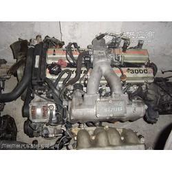 奔驰ML500汽车配件涡轮增压器凸轮轴瓦等拆车件图片