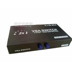 VGA切换器VGA切换器二切一图片