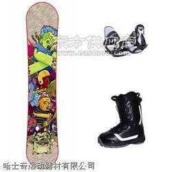 全套滑雪器材 滑雪板 滑雪鞋 固定器图片