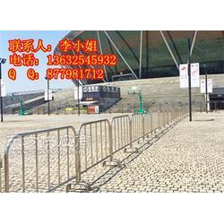 厂家供应行人车辆分隔不锈钢活动护栏铁马图片