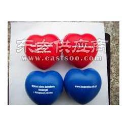 厂家供应pu心形发泡球心形压力球心形玩具球图片