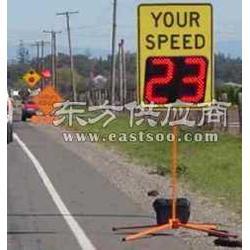 施工保障车雷达测速仪测速屏车图片