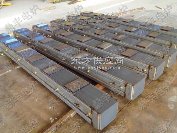 四达60吨磁轭60吨中频炉硅钢柱图片