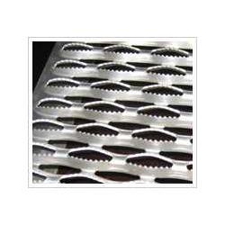 供应不同材质的楼梯踏步防滑板图片