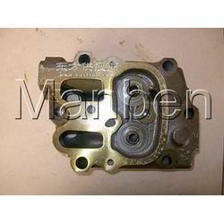 奔驰OM442 OM442A OM442LA缸盖图片