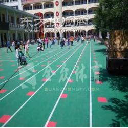室外幼儿园地板图片