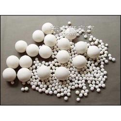 供应净化设备专用活性氧化铝图片