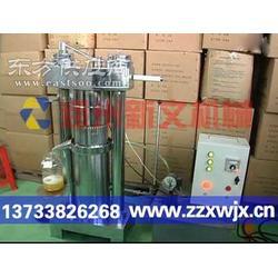 大豆榨油机压榨的豆油含有的亚麻酸有降低血压作用图片