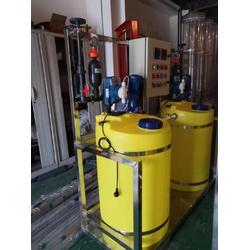 空调冷冻水自动加药设备图片
