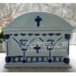 青花陶瓷骨灰盒图片