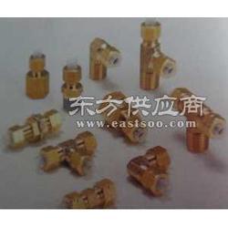 供应C4N42-PT1/8新田黄铜接头 原厂包装进口图片