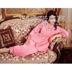 珊瑚绒睡衣女图片
