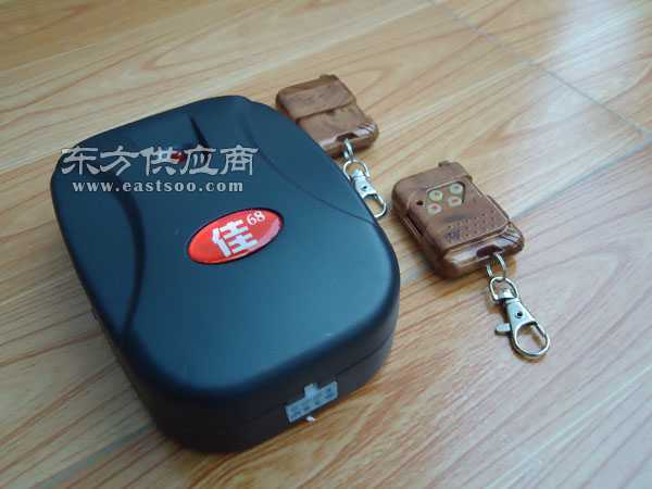 更换福田电动门遥控器卷闸门遥控器图片