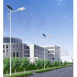 01太阳能路灯图片