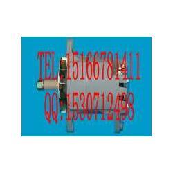 旋挖钻机QSM11康明斯气门室盖垫3883220发电机图片