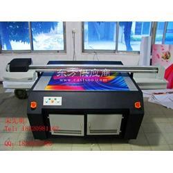 能在发泡板上印刷的UV数码印刷机包装盒印刷机图片
