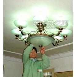 清洁公司发华清洁水晶灯清洗服务图片