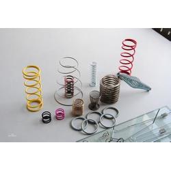 龙岗弹簧、信联、电池簧弹簧图片