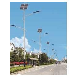 太阳能交通信号灯图片