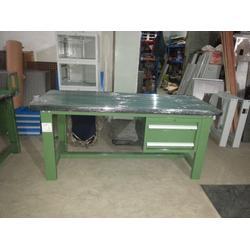 不锈钢钳工桌生产商 富新源公司尺寸定做 济南钳工桌生产商图片